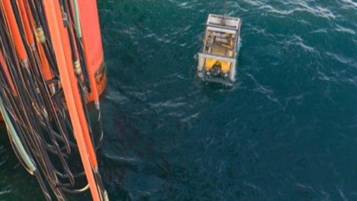 /media/1135/506x240-jusgd123270-retrieving-asphaltenes-as-rlwi-setting-water-depth-record-min.jpg